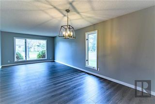 Photo 2: 26 Knotsberry Bay in Winnipeg: River Park South Residential for sale (2F)  : MLS®# 1827466