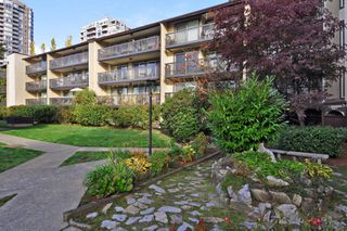 "Photo 18: 311 9847 MANCHESTER Drive in Burnaby: Cariboo Condo for sale in ""Barclay Woods"" (Burnaby North)  : MLS®# R2317069"