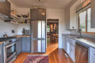 Photo 11: 3154 Fifth Street in VICTORIA: Vi Mayfair Single Family Detached for sale (Victoria)  : MLS®# 401607