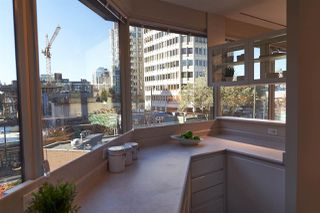 """Photo 14: 304 1177 HORNBY Street in Vancouver: Downtown VW Condo for sale in """"LONDON PLACE"""" (Vancouver West)  : MLS®# R2322924"""