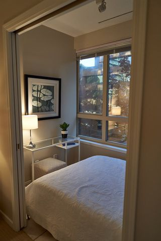 """Photo 20: 304 1177 HORNBY Street in Vancouver: Downtown VW Condo for sale in """"LONDON PLACE"""" (Vancouver West)  : MLS®# R2322924"""