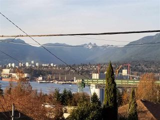 Photo 8: 3433 OXFORD Street in Vancouver: Hastings Sunrise House for sale (Vancouver East)  : MLS®# R2326010