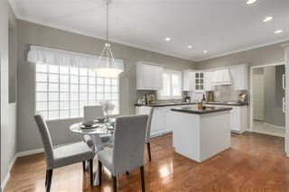 """Photo 4: 25 1881 144 Street in Surrey: Sunnyside Park Surrey Townhouse for sale in """"Brambley Hedge"""" (South Surrey White Rock)  : MLS®# R2328666"""
