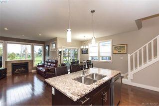 Photo 8: 1052 Colville Rd in VICTORIA: Es Gorge Vale Half Duplex for sale (Esquimalt)  : MLS®# 804385