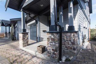 Photo 36: 1052 Colville Rd in VICTORIA: Es Gorge Vale Half Duplex for sale (Esquimalt)  : MLS®# 804385