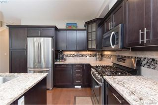 Photo 7: 1052 Colville Rd in VICTORIA: Es Gorge Vale Half Duplex for sale (Esquimalt)  : MLS®# 804385
