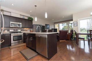 Photo 4: 1052 Colville Rd in VICTORIA: Es Gorge Vale Half Duplex for sale (Esquimalt)  : MLS®# 804385
