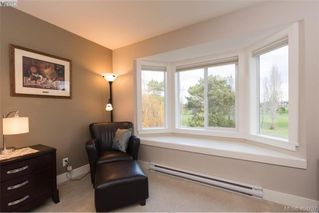Photo 28: 1052 Colville Rd in VICTORIA: Es Gorge Vale Half Duplex for sale (Esquimalt)  : MLS®# 804385