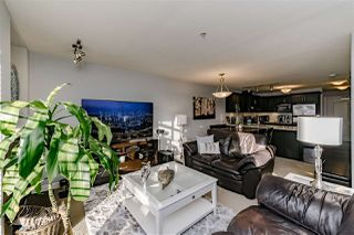 "Photo 2: 203 3150 VINCENT Street in Port Coquitlam: Glenwood PQ Condo for sale in ""BREYERTON"" : MLS®# R2339784"