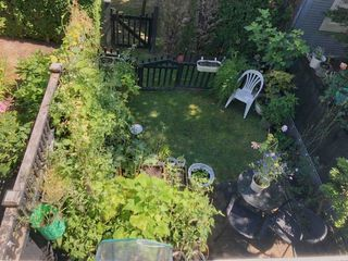 """Photo 13: 7490 HAWTHORNE Terrace in Burnaby: Highgate Townhouse for sale in """"Rockhill"""" (Burnaby South)  : MLS®# R2341008"""