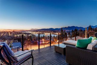 "Photo 17: 4876 ETON Street in Burnaby: Capitol Hill BN House for sale in ""CAPITOL HILL"" (Burnaby North)  : MLS®# R2345897"