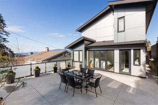 "Photo 16: 4876 ETON Street in Burnaby: Capitol Hill BN House for sale in ""CAPITOL HILL"" (Burnaby North)  : MLS®# R2345897"