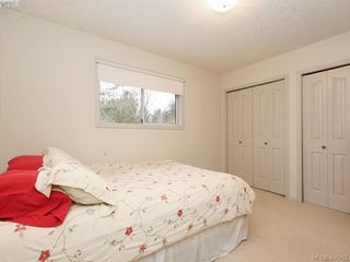 Photo 13: 786 Del Monte Place in VICTORIA: SE Cordova Bay Single Family Detached for sale (Saanich East)  : MLS®# 406763