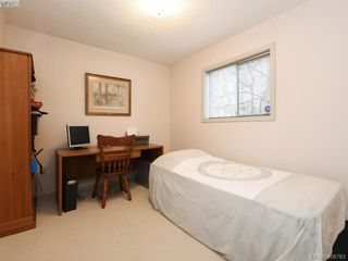 Photo 18: 786 Del Monte Place in VICTORIA: SE Cordova Bay Single Family Detached for sale (Saanich East)  : MLS®# 406763