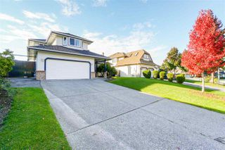 Main Photo: 6687 122 Street in Surrey: West Newton House for sale : MLS®# R2361452