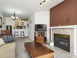 "Photo 9: 203 2355 W BROADWAY in Vancouver: Kitsilano Condo for sale in ""CONNAUGHT PARK PLACE"" (Vancouver West)  : MLS®# R2361595"