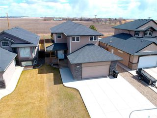 Photo 2: 914 Shepherd Crescent in Saskatoon: Willowgrove Residential for sale : MLS®# SK768940