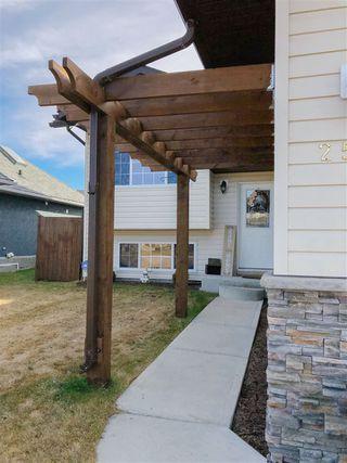 Photo 2: 2550 Lockhart Way: Cold Lake House for sale : MLS®# E4154658