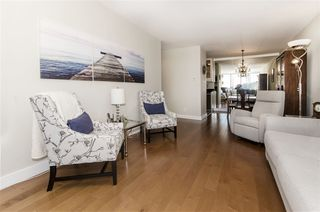 "Photo 3: 502 1341 CLYDE Avenue in West Vancouver: Ambleside Condo for sale in ""CLYDE GARDENS"" : MLS®# R2369243"