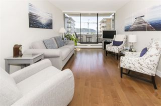 "Main Photo: 502 1341 CLYDE Avenue in West Vancouver: Ambleside Condo for sale in ""CLYDE GARDENS"" : MLS®# R2369243"