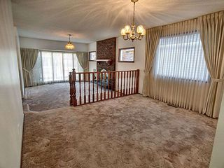 Photo 7: 9611 95 Avenue in Edmonton: Zone 18 House for sale : MLS®# E4157218