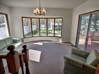 Photo 11: 9611 95 Avenue in Edmonton: Zone 18 House for sale : MLS®# E4157218