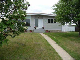 Main Photo: 5504 89 Avenue in Edmonton: Zone 18 House for sale : MLS®# E4160476