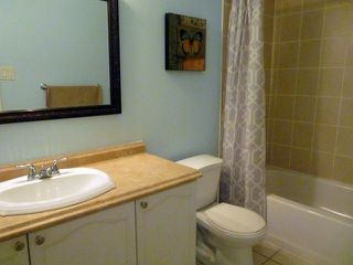 Photo 7: 48 Landerville Lane in Clarington: Bowmanville House (2-Storey) for sale : MLS®# E4488356