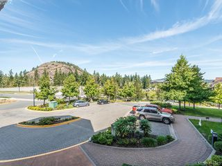 Photo 18: 209 1395 Bear Mountain Pkwy in VICTORIA: La Bear Mountain Condo for sale (Langford)  : MLS®# 823947