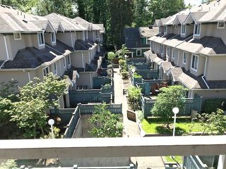 "Main Photo: 11 7128 18TH Avenue in Burnaby: Edmonds BE Townhouse for sale in ""WINSTON GATE"" (Burnaby East)  : MLS®# R2413790"