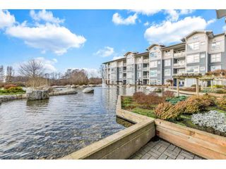 "Photo 19: 118 4500 WESTWATER Drive in Richmond: Steveston South Condo for sale in ""COPPER SKY WEST"" : MLS®# R2434248"