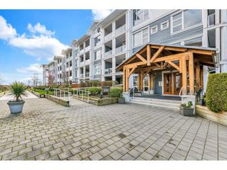 "Photo 2: 118 4500 WESTWATER Drive in Richmond: Steveston South Condo for sale in ""COPPER SKY WEST"" : MLS®# R2434248"