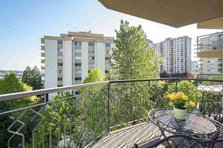 "Photo 23: 602 1930 MARINE Drive in West Vancouver: Ambleside Condo for sale in ""Park Marine"" : MLS®# R2454321"