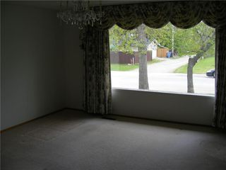 Photo 8: 5124 FOURIER Drive SE in Calgary: Forest Heights Detached for sale : MLS®# C4299569
