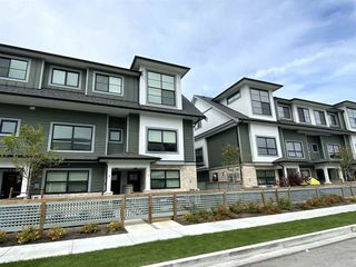 "Main Photo: 11 7168 LYNNWOOD Drive in Richmond: Granville Townhouse for sale in ""LA VERNA"" : MLS®# R2487623"