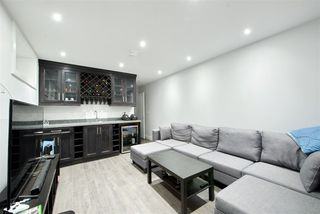 Photo 18: 773 E 58TH Avenue in Vancouver: South Vancouver House for sale (Vancouver East)  : MLS®# R2489187