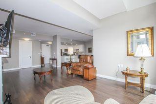 Photo 10: 812 15333 16 AVENUE in Surrey: King George Corridor Condo for sale (South Surrey White Rock)  : MLS®# R2455911