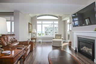 Photo 6: 812 15333 16 AVENUE in Surrey: King George Corridor Condo for sale (South Surrey White Rock)  : MLS®# R2455911