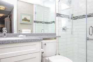 Photo 33: 812 15333 16 AVENUE in Surrey: King George Corridor Condo for sale (South Surrey White Rock)  : MLS®# R2455911