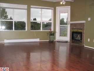 "Photo 3: 406 13939 LAUREL Drive in Surrey: Whalley Condo for sale in ""King George Manor"" (North Surrey)  : MLS®# F1125685"