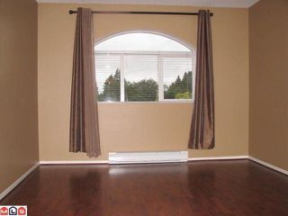 "Photo 5: 406 13939 LAUREL Drive in Surrey: Whalley Condo for sale in ""King George Manor"" (North Surrey)  : MLS®# F1125685"