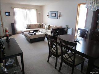 Photo 5: 31 Invermere Street in WINNIPEG: Fort Garry / Whyte Ridge / St Norbert Residential for sale (South Winnipeg)  : MLS®# 1404079