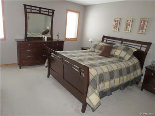 Photo 7: 31 Invermere Street in WINNIPEG: Fort Garry / Whyte Ridge / St Norbert Residential for sale (South Winnipeg)  : MLS®# 1404079