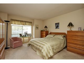 "Photo 11: 115 19649 53RD Avenue in Langley: Langley City Townhouse for sale in ""Huntsfield Green"" : MLS®# F1406703"