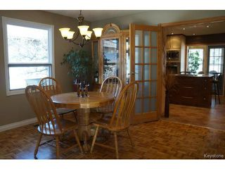 Photo 10: 35 SCOTSWOOD Drive in WINNIPEG: Charleswood Residential for sale (South Winnipeg)  : MLS®# 1408619