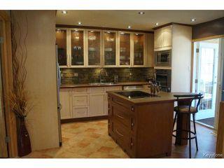 Photo 5: 35 SCOTSWOOD Drive in WINNIPEG: Charleswood Residential for sale (South Winnipeg)  : MLS®# 1408619