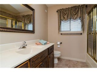"""Photo 8: 11B 46354 BROOKS Avenue in Chilliwack: Chilliwack E Young-Yale Townhouse for sale in """"ROSSHIRE MEWS"""" : MLS®# H2150274"""