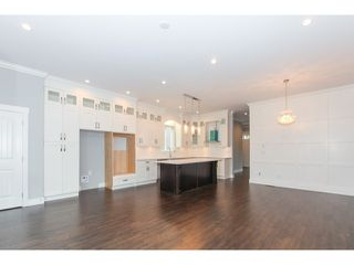 Photo 6: 5986 131ST Street in Surrey: Panorama Ridge House for sale : MLS®# F1432012
