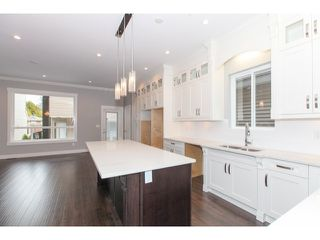 Photo 9: 5986 131ST Street in Surrey: Panorama Ridge House for sale : MLS®# F1432012