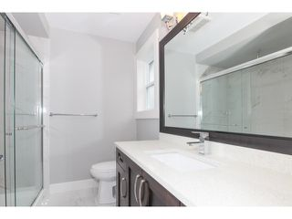 Photo 12: 5986 131ST Street in Surrey: Panorama Ridge House for sale : MLS®# F1432012